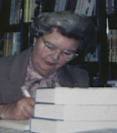 Miss Read signing books in 1989